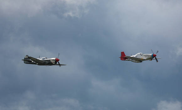 Farnborough Airshow_2016_P40 & P51_1